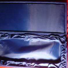Cutie veche ,lemn si catifea albastra- pt. argintarie , dim. 35,7 x 15,6 x 3,1 cm