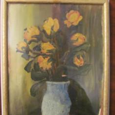 "PVM - Tablou ""Vas cu trandafiri galbeni"" ulei pe carton frumos nesemnat, nedatat, Flori, Realism"