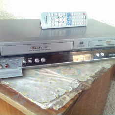 Dvd player si vcr Panasonic NV-VP30 - DVD Playere Panasonic, MP3: 1