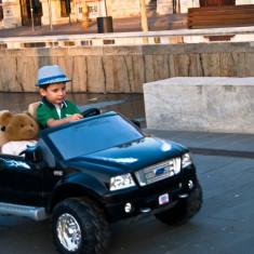 Prima masina adevarata pentru copilul tau! Fisher Price, 4-6 ani, Unisex, Negru