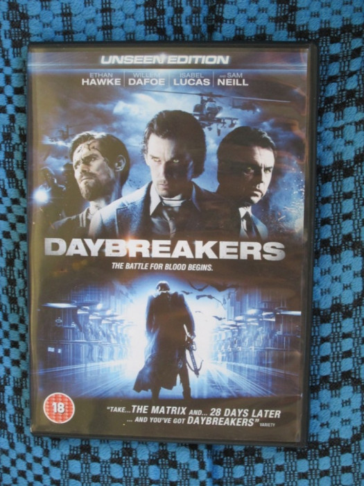 DAYBREAKERS (cu ETHAN HAWKE) - film 1 DVD (original - CA NOU!!!)