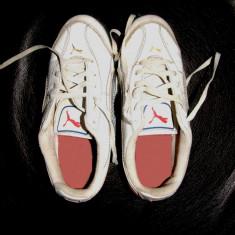 Adidasi PUMA -marimea 22 cm(copil 7-8 ani) - Adidasi copii Puma, Culoare: Alb, Baieti
