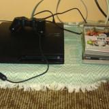Consola PS3, folosit, in stare foarte buna, cu 2 controlere+5 jocuri la alegere - PlayStation 3 Sony