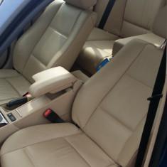 Dezmembrez BMW 318i, an 2004 - Dezmembrari BMW