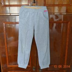Pantaloni de trening gri Miss, Fete