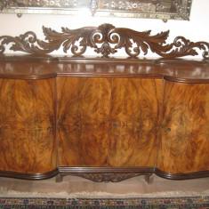 Mobila de sufragerie sculptata manual din lemn de nuc in stare impecabila, din 1960, negociabil - Set mobila living