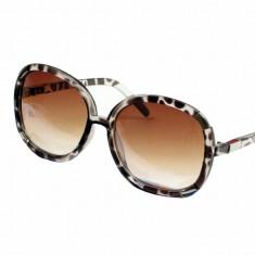 Ochelarii de soare tip Chloe, model Myrthe, rame Animal Print, lentile graduale., Femei, Protectie UV 100%