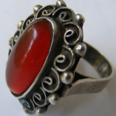 Inel vechi din argint cu chihlimbar de dimensiuni mari - de colectie - Inel argint