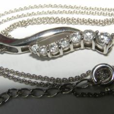 Lant si medalion pandantiv vechi din argint cu 7 pietre albe
