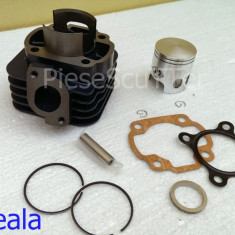 Kit Cilindru / Set motor + Segmenti + Piston Scuter CPI Hussar / Oliver / Popcorn ( 80cc - racire aer ) - Set cilindri Moto