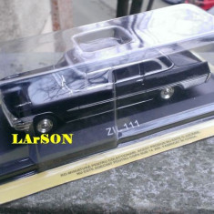 Macheta ZIL 111 1958 + revista DeAgostini Masini de Legenda nr.60
