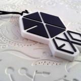 Breloc telefon jack 3.5 mm, EXO, kpop