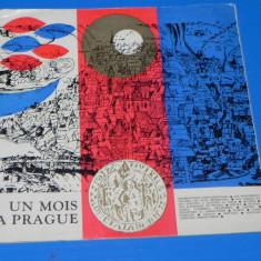 PLIANT BROSURA VECHI PRAGA - O LUNA LA PRAGA - IN LIMBA FRANCEZA (00641