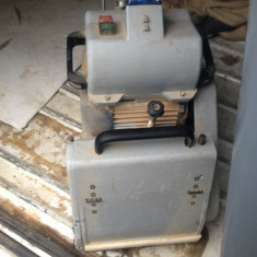 Masina de slefuit parchet