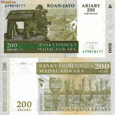 MADAGASCAR 200 ariary (1.000 francs) 2004 UNC!!! - bancnota africa