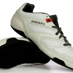 Adidasi Diesel originali - adidasi barbati - piele naturala - in cutie - 40, Culoare: Alb