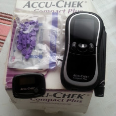 Aparat glicemie - Glucometru Accu Ceck Compact Plus - 79 lei