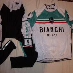 Echipament ciclism complet iarna toamna bianchi milano cu puf pe interior nou, Tricouri