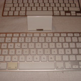 Apple iPad Keyboard Dock - tastatura iPad 1st, 2nd, 3rd gen.