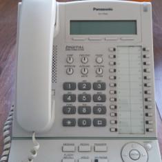 Vand Centrala telefonica Panasonic KX TDA30 + consola secretariat + 16 terminale KX T7665 + patch-uri rack - Telefon fix