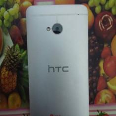 Vand/Schimb HTC ONE m7 - 9.5/10 ~ FULL BOX!