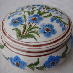Frumoasa zaharnita din ceramica greceasca lucrata manual