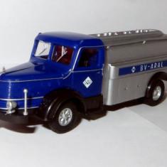 Herpa Herpa Krupp Titan transport combustibil ARAL 1:87 - Macheta auto