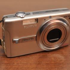 Aparat foto fujifilm finepix f480 cu probleme - Aparat Foto compact Fujifilm