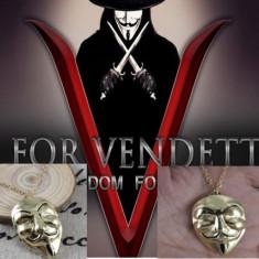 Pandantiv / Colier / Lantisor - V FOR VENDETTA - Masca - Lantisor fashion