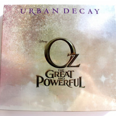 Trusa Machiaj / Paleta Make Up URBAN DECAY Oz The Great And Powerful - Glinda Palette