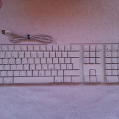 Tastatura - Apple Keyboard A1016 ( cu defect ), Standard, Cu fir, USB