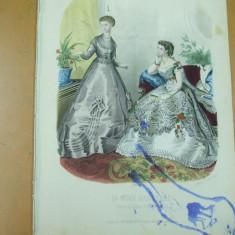 Moda costum rochie evantai  gravura color La mode illustree Paris 1868