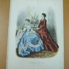 Moda costum   rochie evantai   gravura color La mode illustree Paris 1867