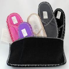 Set de 5 perechi de papuci din pasla in suport atasabil pe perete - Papuci barbati, Marime: Alta, Culoare: Din imagine