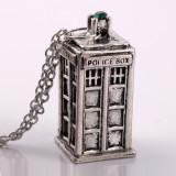 Pandantiv Doctor Who Tardis Police Box  | Argintiu, Auriu | Calitate Garantata.