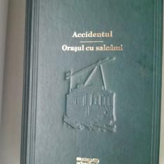 carte Accidentul si Orasul cu Salcami de Mihail Sebastian