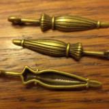 Pandantiv/martisor/cercei umbrela bronz