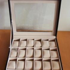 Cutie ceasuri LUX culoare NEGRU Depozitare 18 CEASURI interior catifea