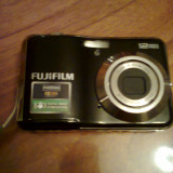 Camera foto/video Fujifilm Finepix AV 110, 12mpx, zoom optic 5x, display 2.7 inch, Bonus Card 8gb + Set 4 acumulatori Varta + Husa