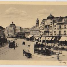 Oradea Nagyvarad piata Horthy Miklos ter tramvai birja caruta in centrul orasului ilustrata a anilor 1940 - Carte Postala Transilvania dupa 1918