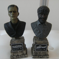 Frumos set de 2 statuete de colectie, marcate, FRANKENSTEINS si WOLF MAN, ani 1930 -1940, stare perfecta de colectie - Arta din Metal