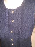 Vesta tricotata manual, lana pura