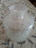Vaza veche sticla cu bule controlate.