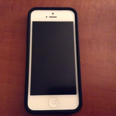 Vand iPhone 5 Apple 32gb white, Alb, Neblocat