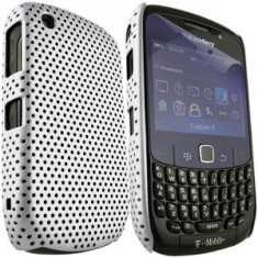 Husa plastic Blackberry 8520 + expediere gratuita Posta - sell by PHONICA