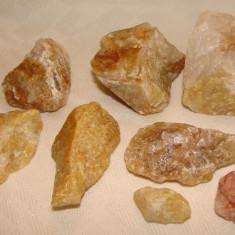 Esantion de opt cuartite, descoperite pe Valea Boului, jud. Caras-Severin - Fosila roca, Naturala