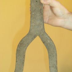 Deosebit cutit de taiat fanul din stog (jirada, claie)