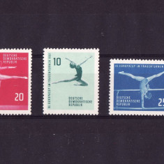 GERMANIA DDR 1961 SPORT GIMNASTICA - Timbre straine