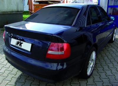 Dezmembrez Audi A4 foto