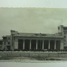 GARA DE NORD - BUCURESTI - ANIMATIE TRASURI SI TAXIURI DE EPOCA - PERIOADA INTERBELICA - Carte Postala Muntenia dupa 1918